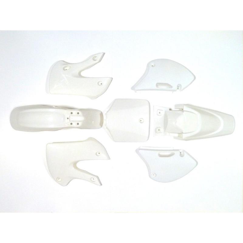BBR WHITE PLASTICS SET